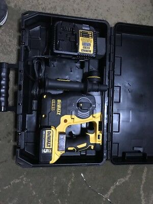 "DEWALT DCH273 XR 20V Max XR Brushless 1"" L-Shape SDS Plus Rotary Hammer Kit 5.0"
