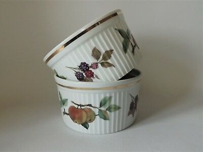 TWO ROYAL WORCESTER EVESHAM GOLD SOUFFLE DISHES 140mm ACROSS