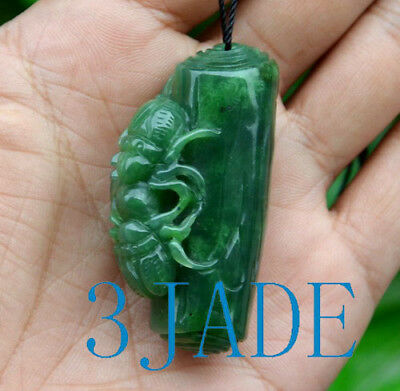 Hand Carved Green Nephrite Jade Beetle Insects Pendant / Necklace