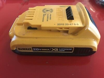 Dewalt DCB203 20V Max XR Lithium Ion Battery! GOOD USED CONDITION! FREE SHIPPING