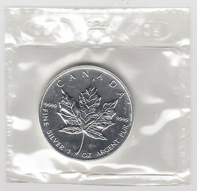 1999 Canada $5 Pure Silver 1oz. Silver Maple Leaf in Cello