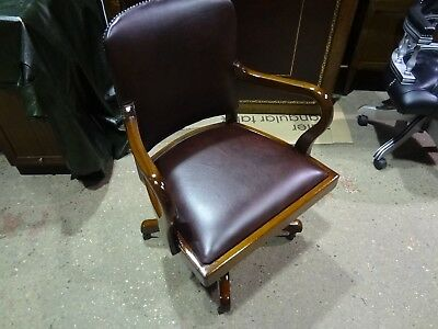 STUNNINGLY RESTORED ANTIQUE 1920's BANKER'S/CAPTAIN'S LEATHER SWIVEL CHAIR