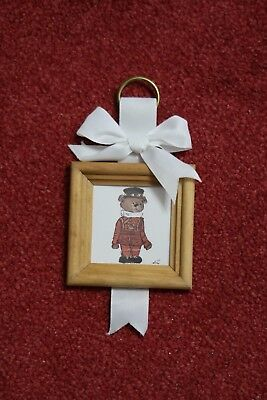 London Beefeater Souvenir, Hanging Beefeater Picture - New But Been In Storage
