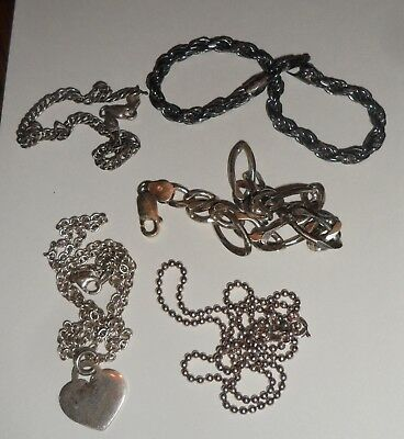 Mixed lot Jewelry 925 Sterling Silver. All marked, 3 Bracelets, 2 Necklaces