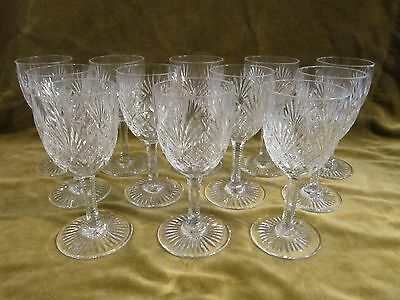 12 Verres à vin 8,5cl cristal Saint Louis mod Gavarni  (crystal wine glasses)