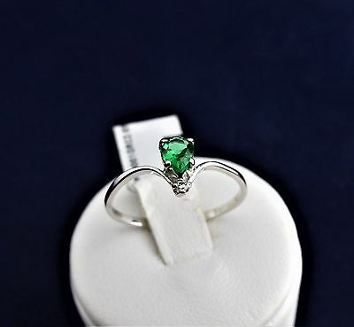 SOLID STERLING SILVER  DRESS RING 1x5x4 pear green cz 1x1.25mm round cz 1.0gr.