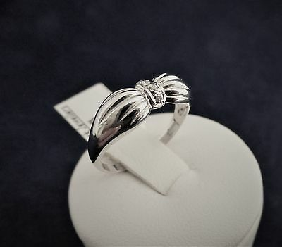 SOLID STERLING SILVER BOW RING 4x1.0mm cubic zironias 1.9gr.