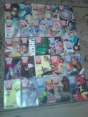 25 x 2000 AD JUDGE DREDD COMICS : PROGS 601 - 619, 621 - 622, 624 - 627