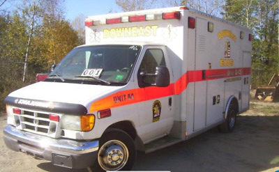 2006 Ford E450 6.0L Diesel Ambulance. VERY NICE!!!