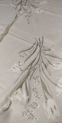 "Vintage Italian hand embroidery linen tablecloth 108""×68"" napkins never used"