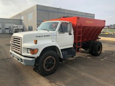 1995 Ford F800 Salt and Gravel Spreader DownEaster Hydraulic Bed 8.3L Cummins