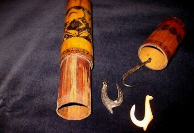Rare fishhook container incl.3 old used hooks , bamboo type - SOLOMON ISLANDS -