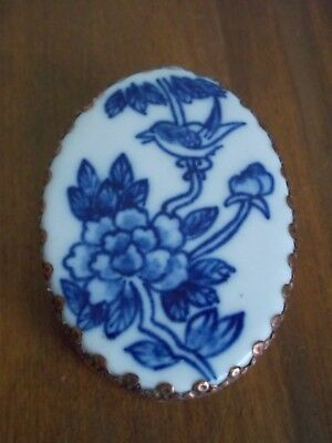 Antique oval blue and white porcelain snuff box mirror inside likely Chinese