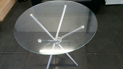 Round Glass Table and 4 chairs (2 available)