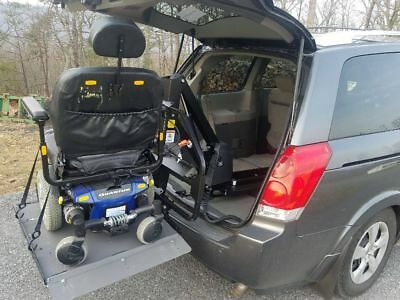 2007 Nissan Quest  2007 Nissan Quest with power chair, power lift, and wheelchair accessible ramps