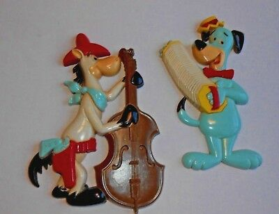2)  1978 HOMCO Huckleberry Hound Quickdraw McGraw Wall plaques Vintage Nice