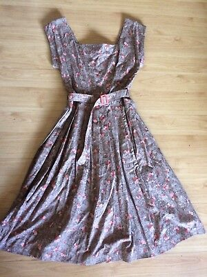 Vintage 1950s Rococo Marie Antoinette Pink Rose Print Novelty Toile Dress
