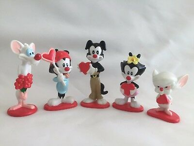 Vintage Animaniacs Set of 5! W/ Heart Figures Wakko Yakko Dot Pinky & The Brain