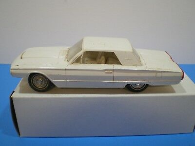 1964 Ford Thunderbird original Promo in white by AMT