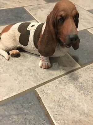 Basset Hound Danbury Mint Awesome Tri- Colored Soulful Face Statue