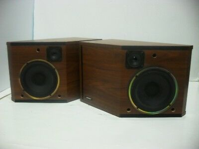 Vintage Bose 2.2 Bookshelf Speakers Left & Right Impedance 8 OHM