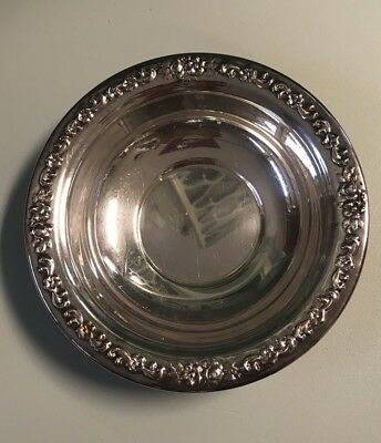 """Vintage SHERIDAN Rose Scroll Silver Plate Candy/Nut Dish/Bowl, 6.5"""" dia"""