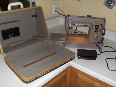 Wonderful Circa 1952 Singer Model 301 Sewing & Quilting Machine in Carry Case