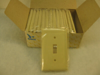 25 New Old Stock Vintage Smooth Ivory Bakelite One Gang Switch Wall Plate Covers