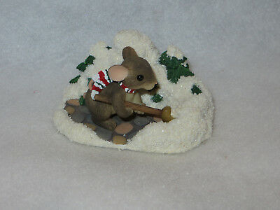 """""""a Shoveling We Will Go"""" Charming Tails - Fitz Floyd - 87/204 - Mint"""