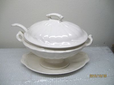 Real English Ironstone Soup Tureen Wm Adams & Sons England Wheat Pattern 1950-62