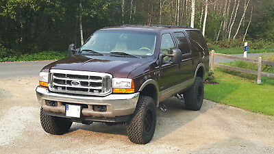 Ford Excursion Limited 6,8L V10 4x4 EURO3