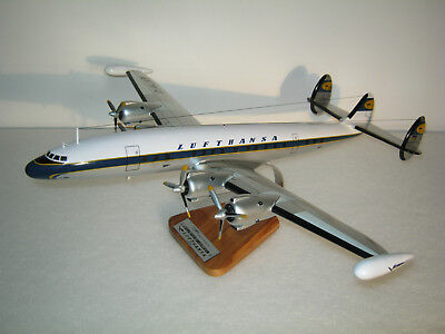 Super Connie Super Constellation L1049 Lufthansa 1:72, Holzmodell, Fertigmodell