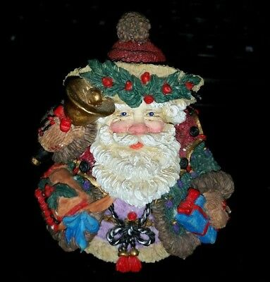 Crinkle Claus English Santa Claus Figure by Possible Dreams 1995 RETIRED