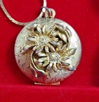 "Vintage Art Nouveau High Relief Gold Plated Flower Perfume Locket 24"" Chain"