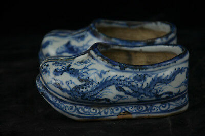 A Pair Fine Beautiful Chinese Blue and white Porcelain Shoes