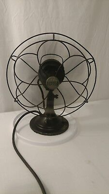 Vintage Industrial age Metal Osculating Delco Desk Fan 4 blade made in U.S.A.