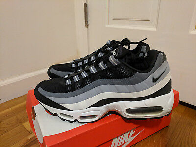 16329c58c66 2014 NIKE AIR Max 95 No Sew Black Turbo Green Size 9.5 616190-033 ...