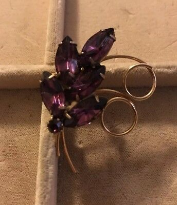 Beautiful Vintage Gold Tone Brooch Pin with Six Prong Set Purple Colored Stones