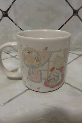 "Vintage Cat Holding Basket of Flowers 3.5"" Coffee Mug / Cup"