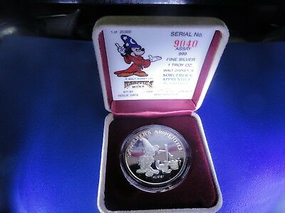 """""""Mickey's Magic - Good Luck"""" Silver 1 oz Coin Proof. New undisplayed"""