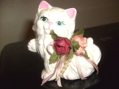 Vintage White Persian Sitting Cat Kitten Figurine with flowers very nice 4 tall