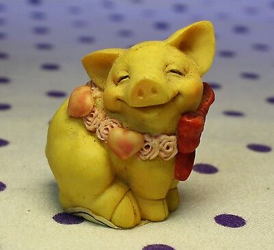 1994 Pigsville SWEETHEART PIG Figurine Hearts Love Roses Smiling Red Bow #1378