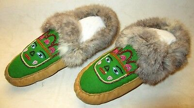 Vintage Pair of Native American Leather & Fur-Lined Beaded Moccasins/Slippers