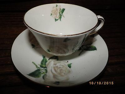 Lovely Vintage Crown Staffordshire England Roses Bone China Flowers Cup & Saucer