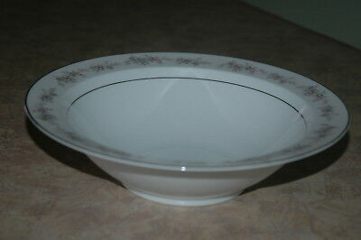 Wyndham Fine China - WILTON - 330 - Made in Japan - Round Vegetable Serving Bowl