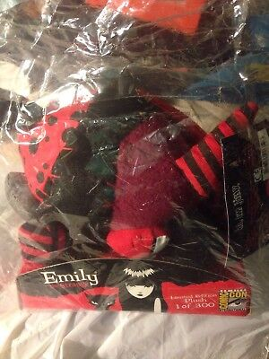 EMILY THE STRANGE-SDCC EXCLUSIVE 2009 from TOYNAMI