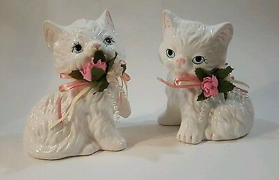 """Porcelain Victorian Cats Figurine Pair Trippies 1991 Flowers Pearls 4"""" MC 1643"""