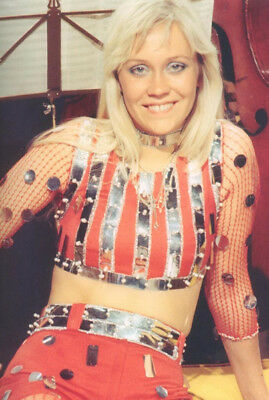 Agnetha Faltskog UNSIGNED photo - K9001 - Member of the pop group ABBA