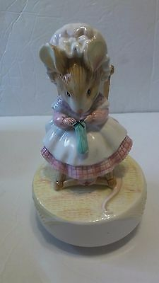 Schmid Beatrix Potter Music Box Little Old Woman Who Lived in a Shoe FREE SHIP