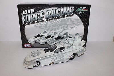 RARE 2011 MUSTANG FUNNY CAR ROBERT HIGHT LIMITED EDITION 1 of 228 1:24